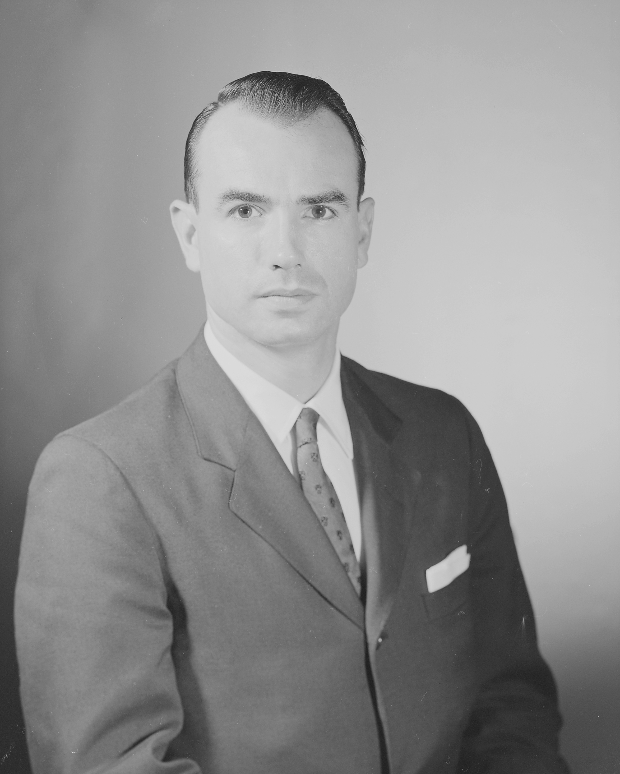 G._Gordon_Liddy_c_1964.jpg