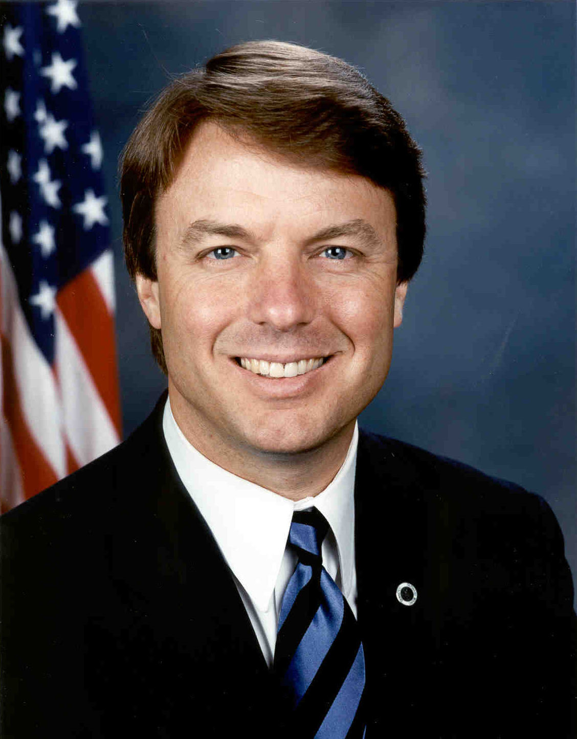 John_Edwards,_official_Senate_photo_portrait.jpg