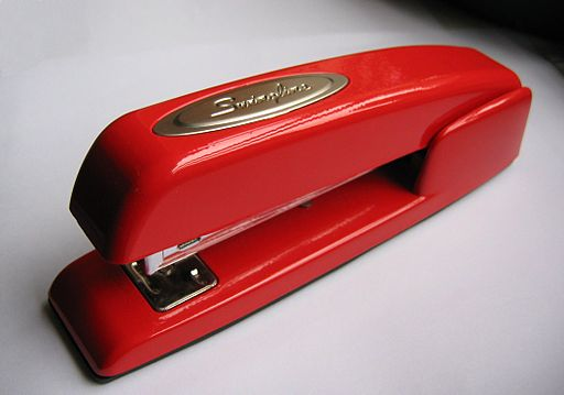 Stapler-swingline-red.jpg