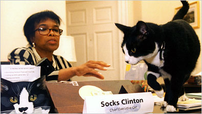 Sock_and_Betty_Currie.jpg